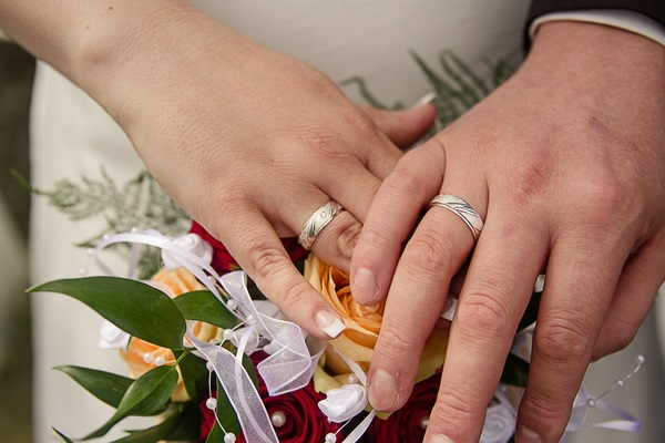 Bibel und Kirche sagen uns etwas über Ehe: ein Abenteuer